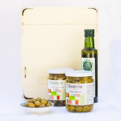 Javea pack with organic products